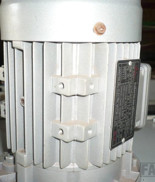 P1030077